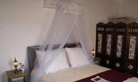 Luxe kamer met aparte woonruimte, keuken en badkamer A5 WIFI €89 per nacht